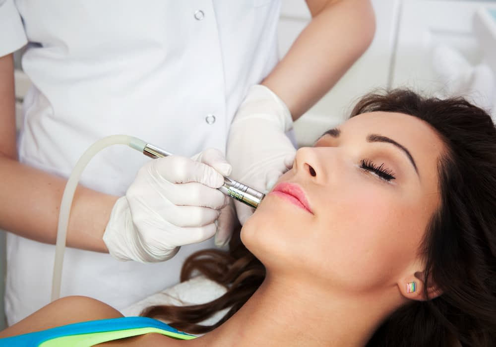 Laser skin tightening creates a youthful look.